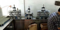 25 Automatic Pneumatic Lighter Gas Filling Machine FTCQ05 Infinite Variable Speed Motor