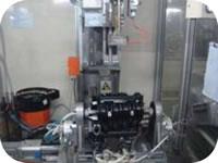 115 Intake Manifold Cylinder Cover Assembly Inspection Line Copper Nut Hot Plug 2_N