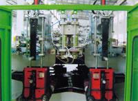 Automatic Plastics Extrusion Blow Molding (EBM) Machine, Mold Diehead, B