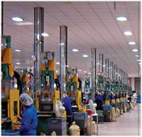 24 Vertical Injection Machines, Workshop